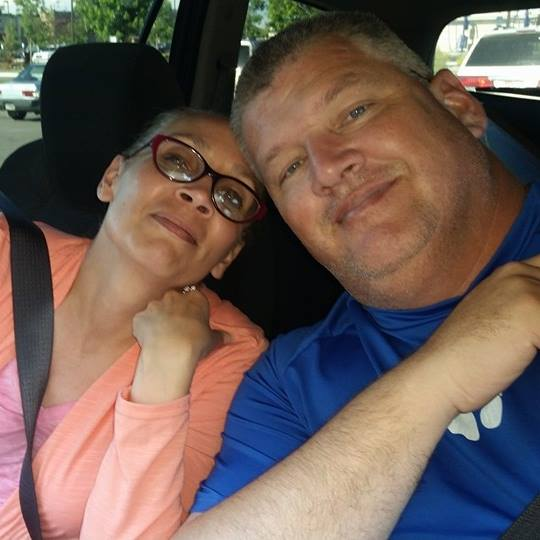 travel nursing with a spouse - image of shawn and hartley cole traveling together