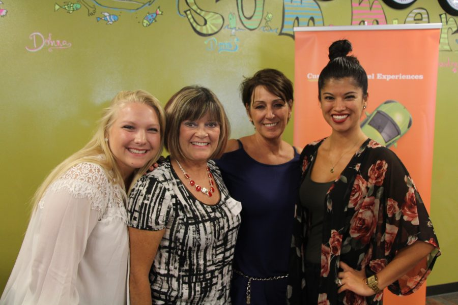RNnetwork - find a travel nursing recruiter - featured image of RNnetwork recruiters and nurses at a fun recognition event