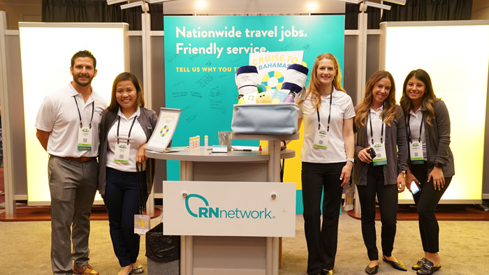 RNnetwork team at TravCon 2018 with travel nurses