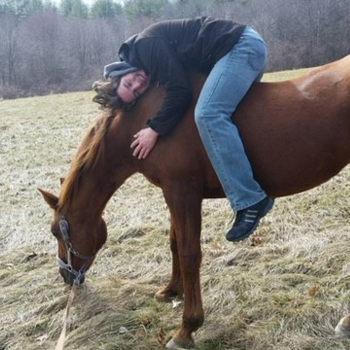travel nursing with pets - Amanda and horse